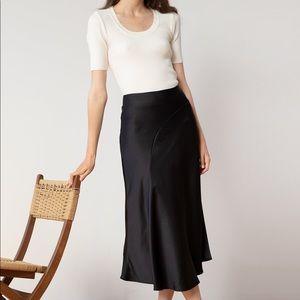 Dresses & Skirts - 🌴Asymmetrical long skirt silky